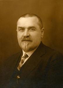 Проф. д-р Параскев Стоянов